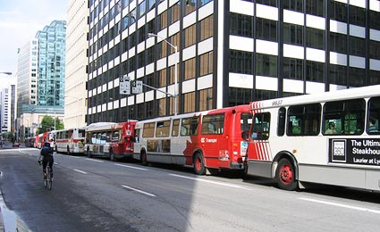 Transporte público é um dos orgulhos de Ottawa/Foto: sfllal